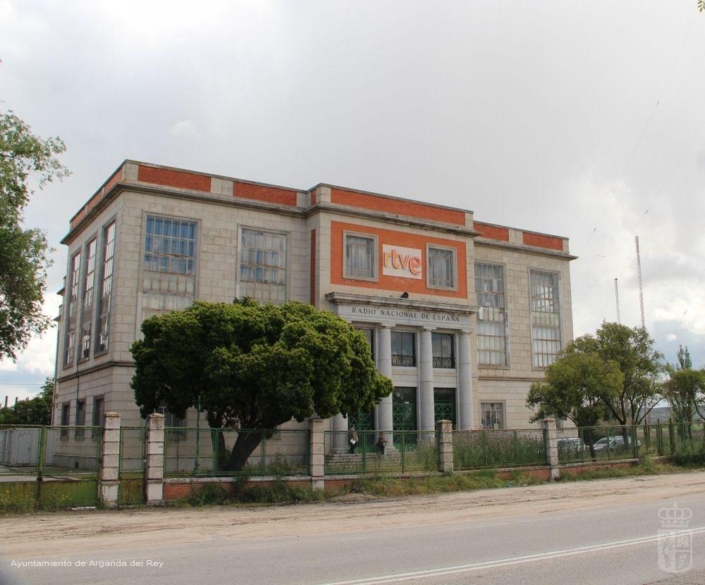 Edificio principal de la emisora de onda corta de Radio Nacional de España.