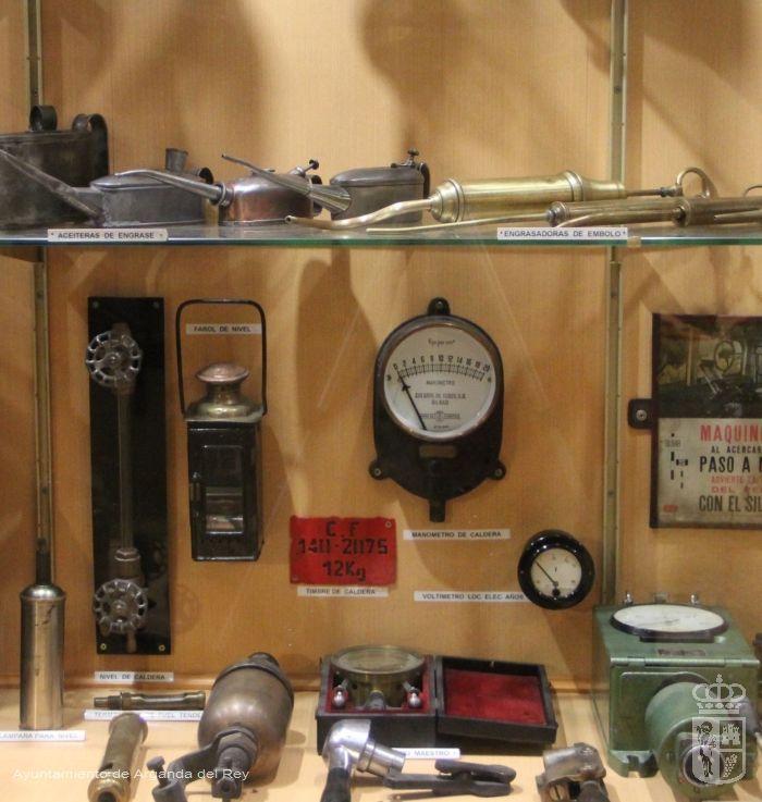 Silbatos de locomotora. 2 unidades. Museo del Tren.