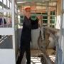 Refª nº: 0272-02. Dictino Cabello (miembro del Centro de Iniciativas Ferroviarias Vapor Madrid) poniéndo en funcionamiento la mesa mecánica de concentración de palancas